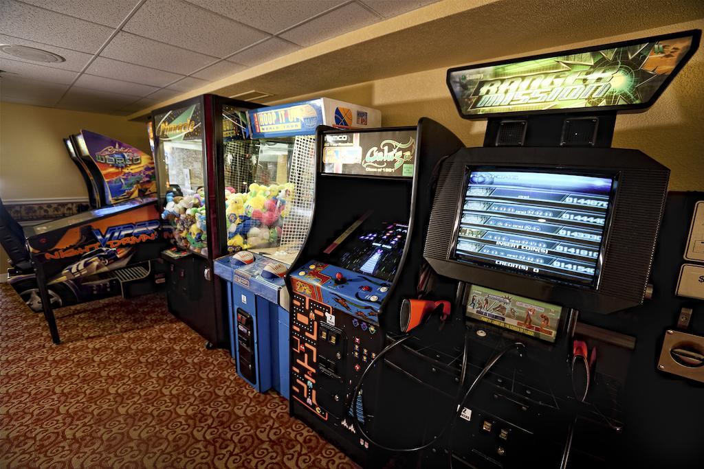 WESTGATE TOWERS Orlando, FL arcade