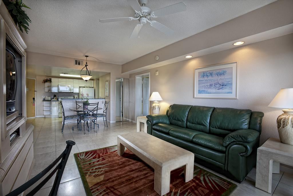 WESTGATE TOWERS Orlando, FL living area 2