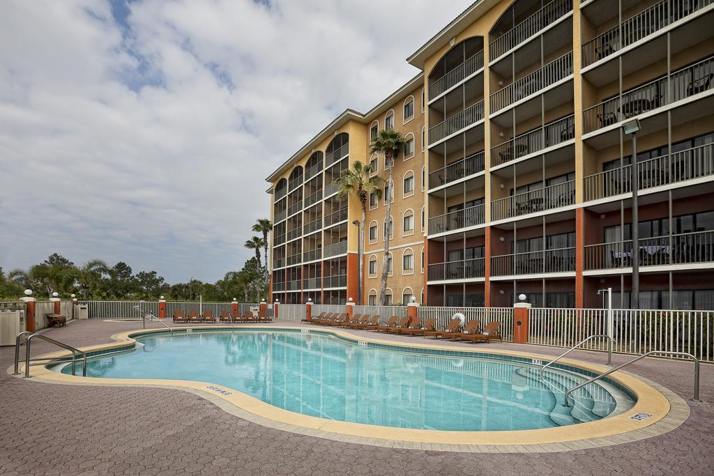 WESTGATE TOWERS Orlando, FL pool 2