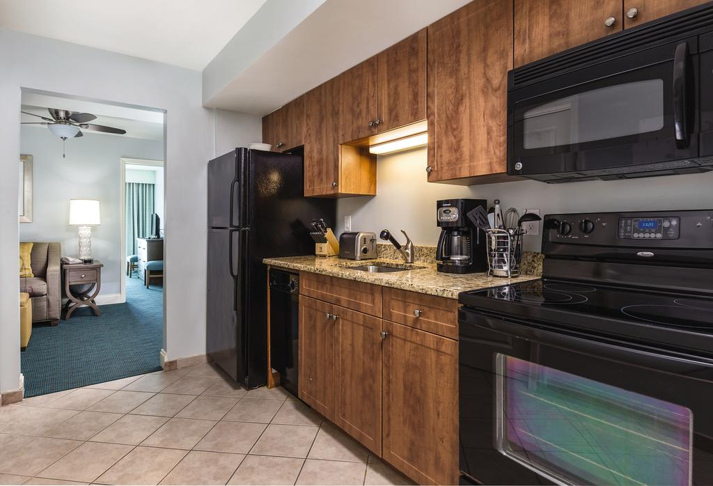 Wyndham Vacation Resorts Towers on the Grove Myrtle Beach, SC kitchen