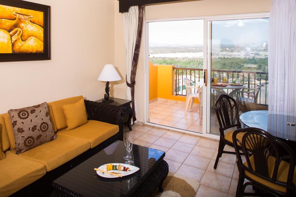 Villa del Palmar Beach Resort & Spa Living Room