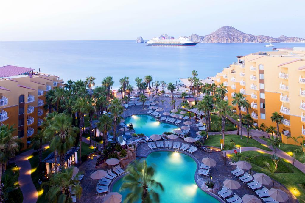 Villa del Palmar Beach Resort & Spa Pools