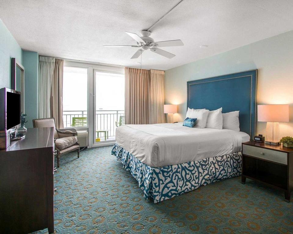 Bluegreen Vacations Daytona Seabreeze, Daytona FL bedroom