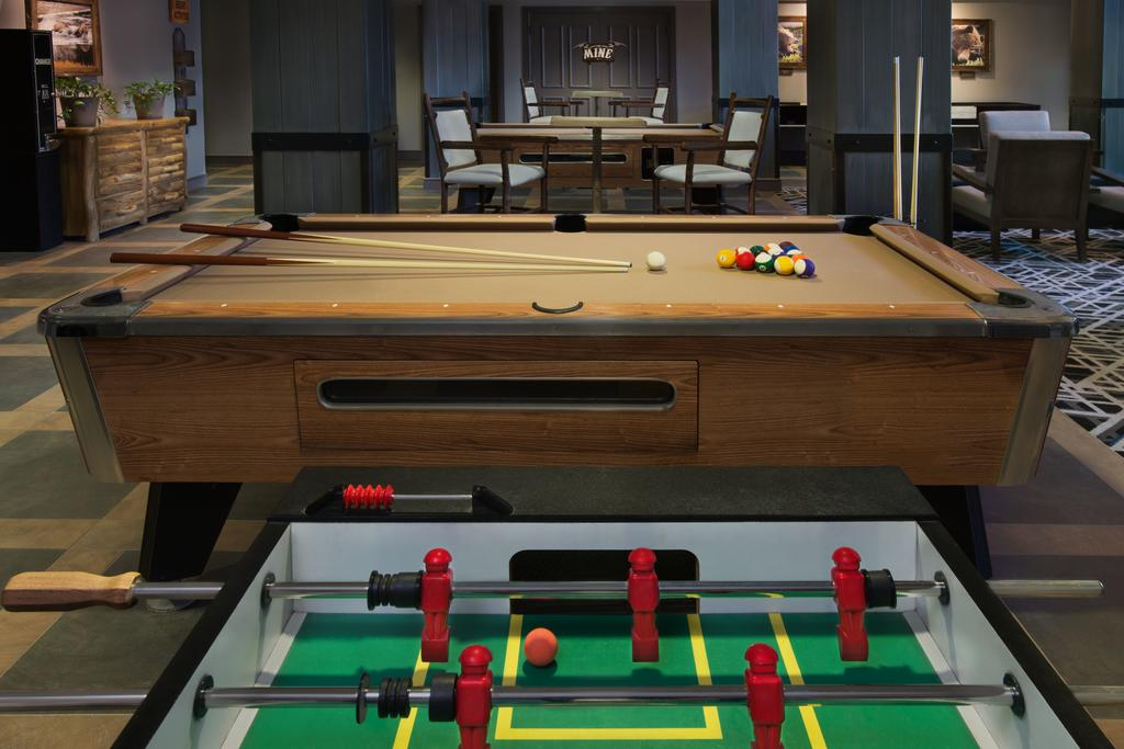 Marriott's MountainSide Park City, UT game room and lounge