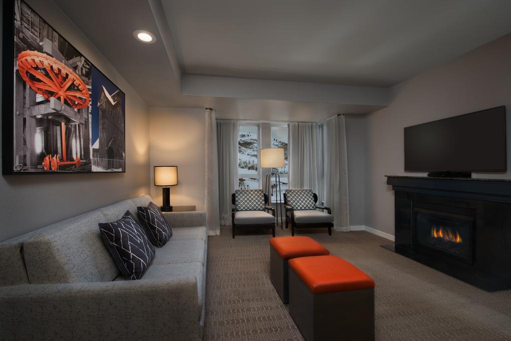 Marriott's MountainSide Park City, UT living area